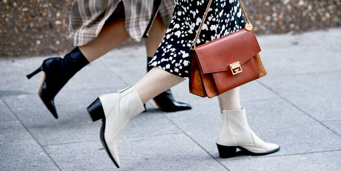 "I See These 7 Expensive-Looking Accessory Trends All Over ""Smaller"" Cities"