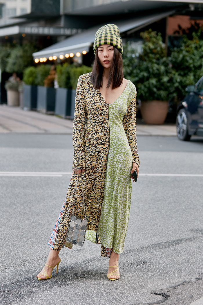 We've Seen So Many Fashion Girls Wearing This Perfect Midi Dress