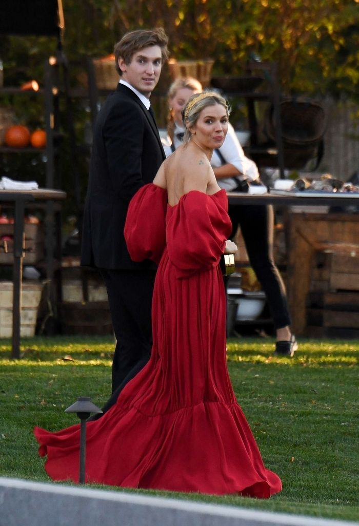 See All The Guest Outfits At Jennifer Lawrence S Wedding