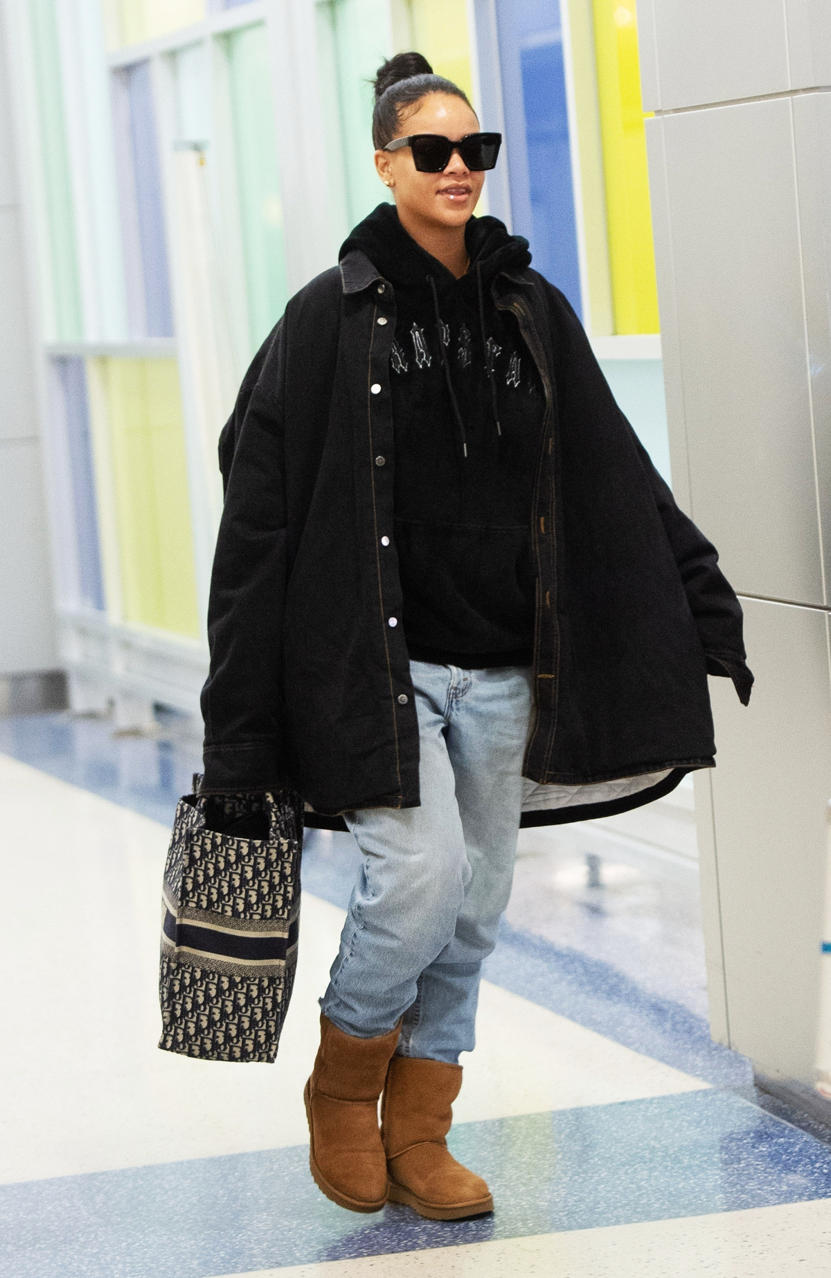 """I Made the Mistake of Wearing These """"Practical"""" Shoes at the Airport—Never Again, Wustoo"""