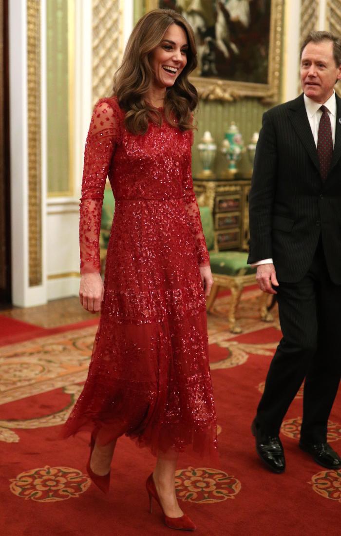 K-Mids Just Wore a High-Street Dress So Fancy It Looks Like It's Worth Thousands