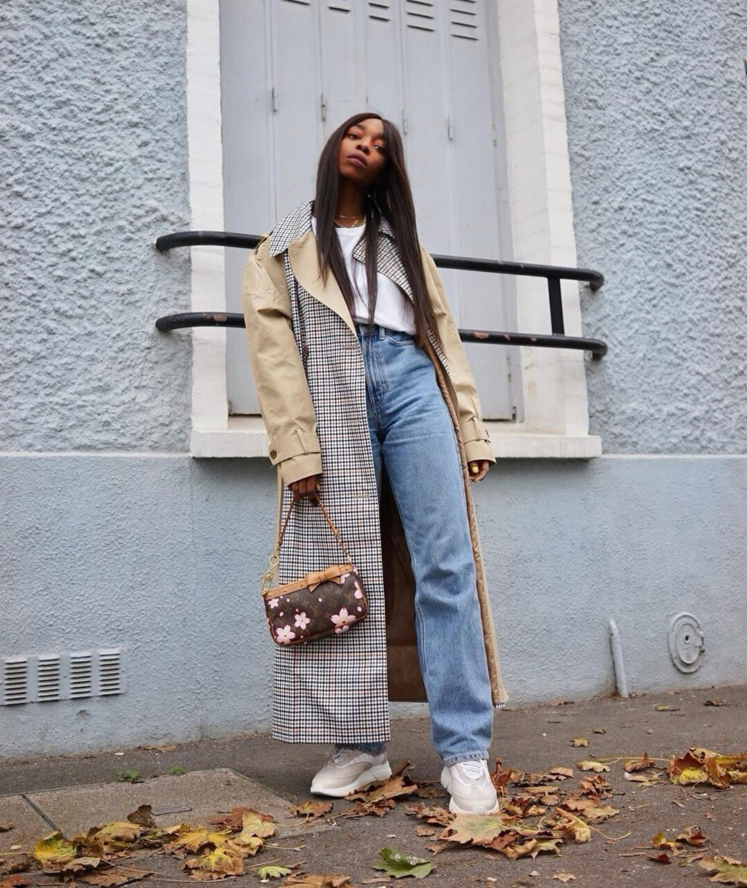 """6 French-Girl Spring Outfits That Are """"Basic"""" But Fashion-Forward 14"""