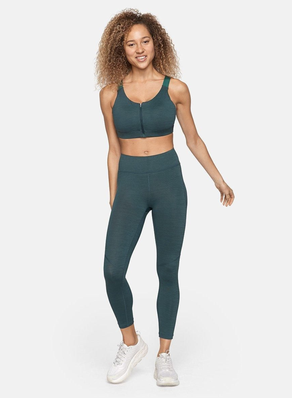 We'd Give Up Basic Black Leggings for These 6 Fresh Spring Trends 14