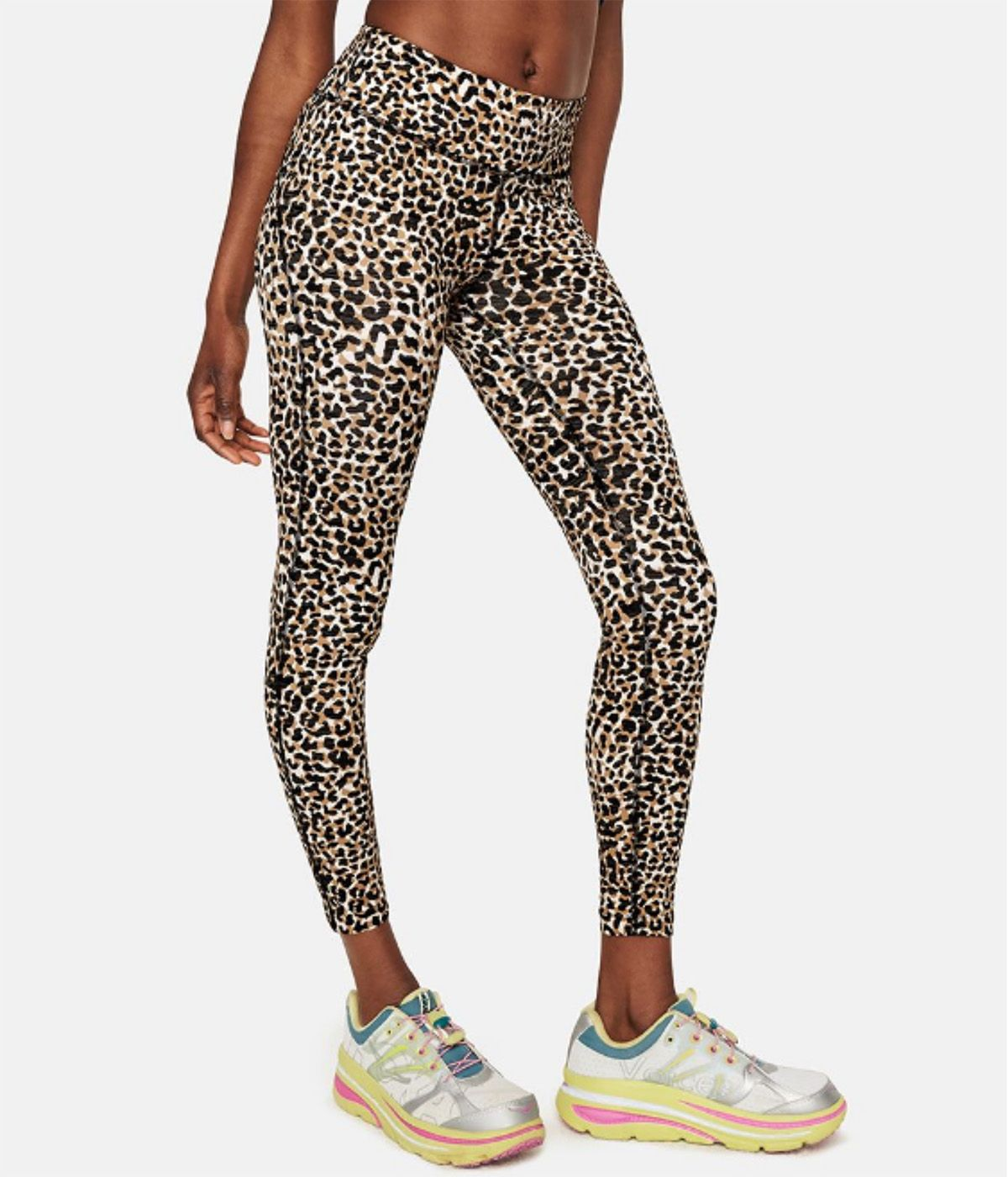 We'd Give Up Basic Black Leggings for These 6 Fresh Spring Trends 4
