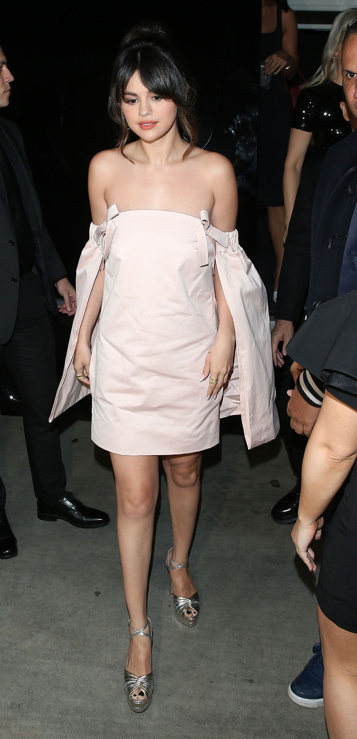 """This """"Daring"""" Spring Dress Trend Is a Favorite in the Celeb Crowd 15"""