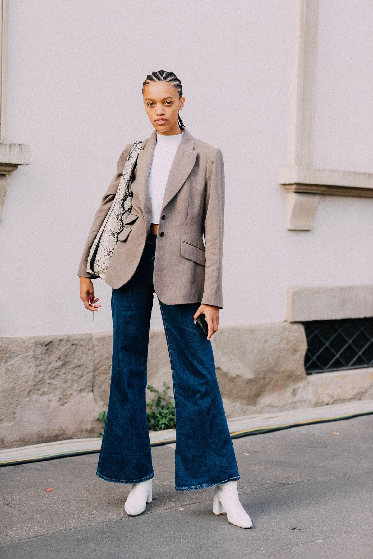 My Friend Asked What to Wear With Flare Jeans, and I Suggested These 6 Basics 22