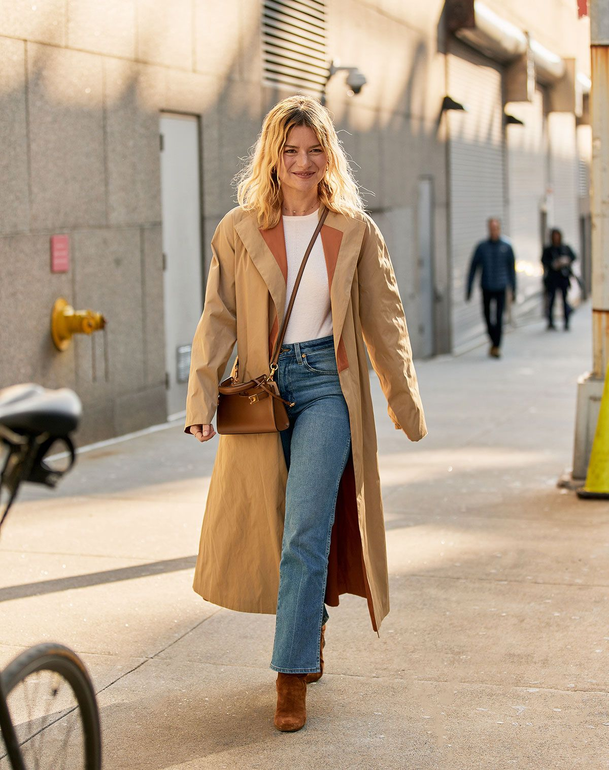 My Friend Asked What to Wear With Flare Jeans, and I Suggested These 6 Basics 17