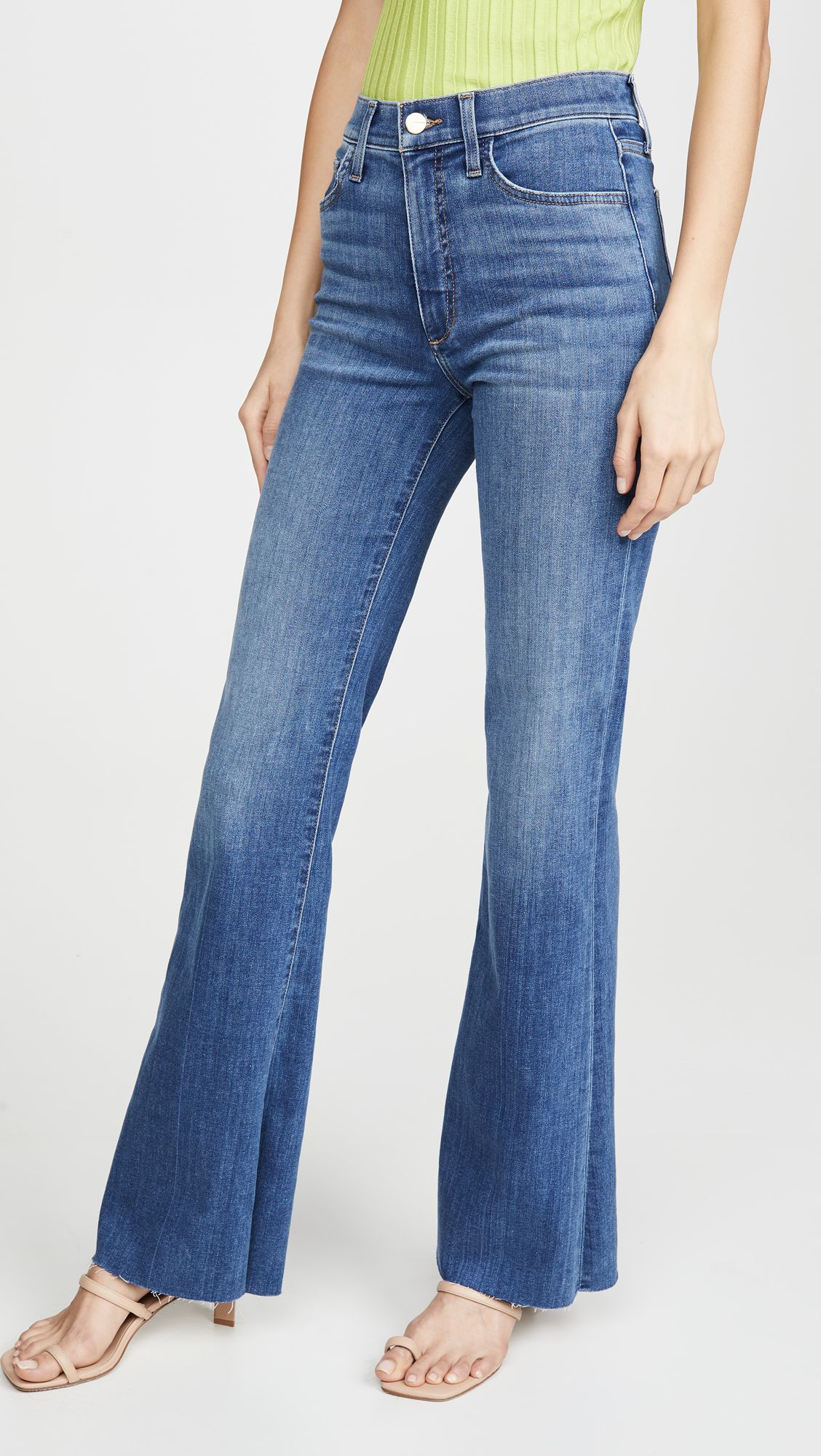 My Friend Asked What to Wear With Flare Jeans, and I Suggested These 6 Basics 11