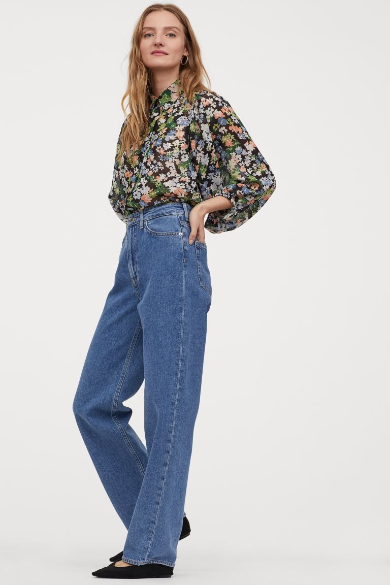 My Friend Asked What to Wear With Flare Jeans, and I Suggested These 6 Basics 13