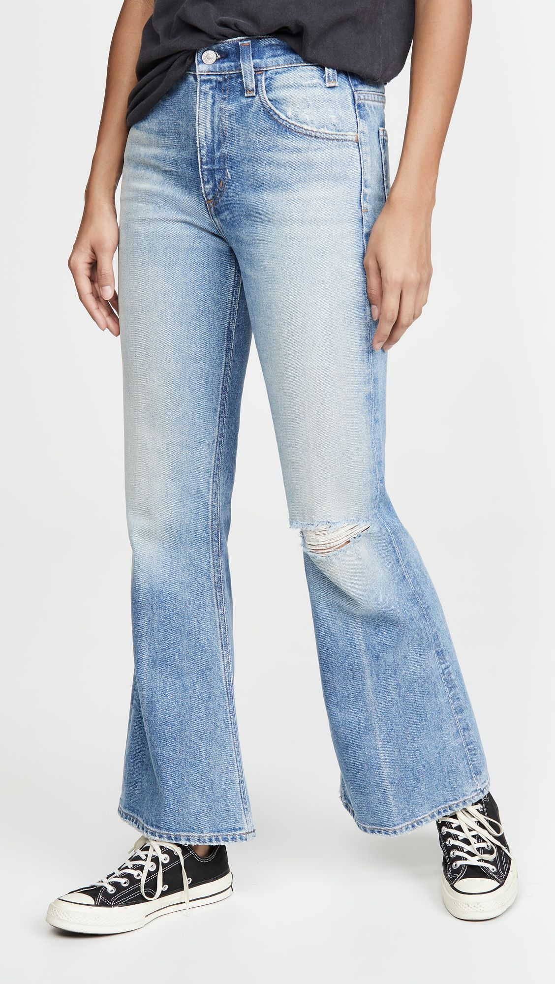 My Friend Asked What to Wear With Flare Jeans, and I Suggested These 6 Basics 21