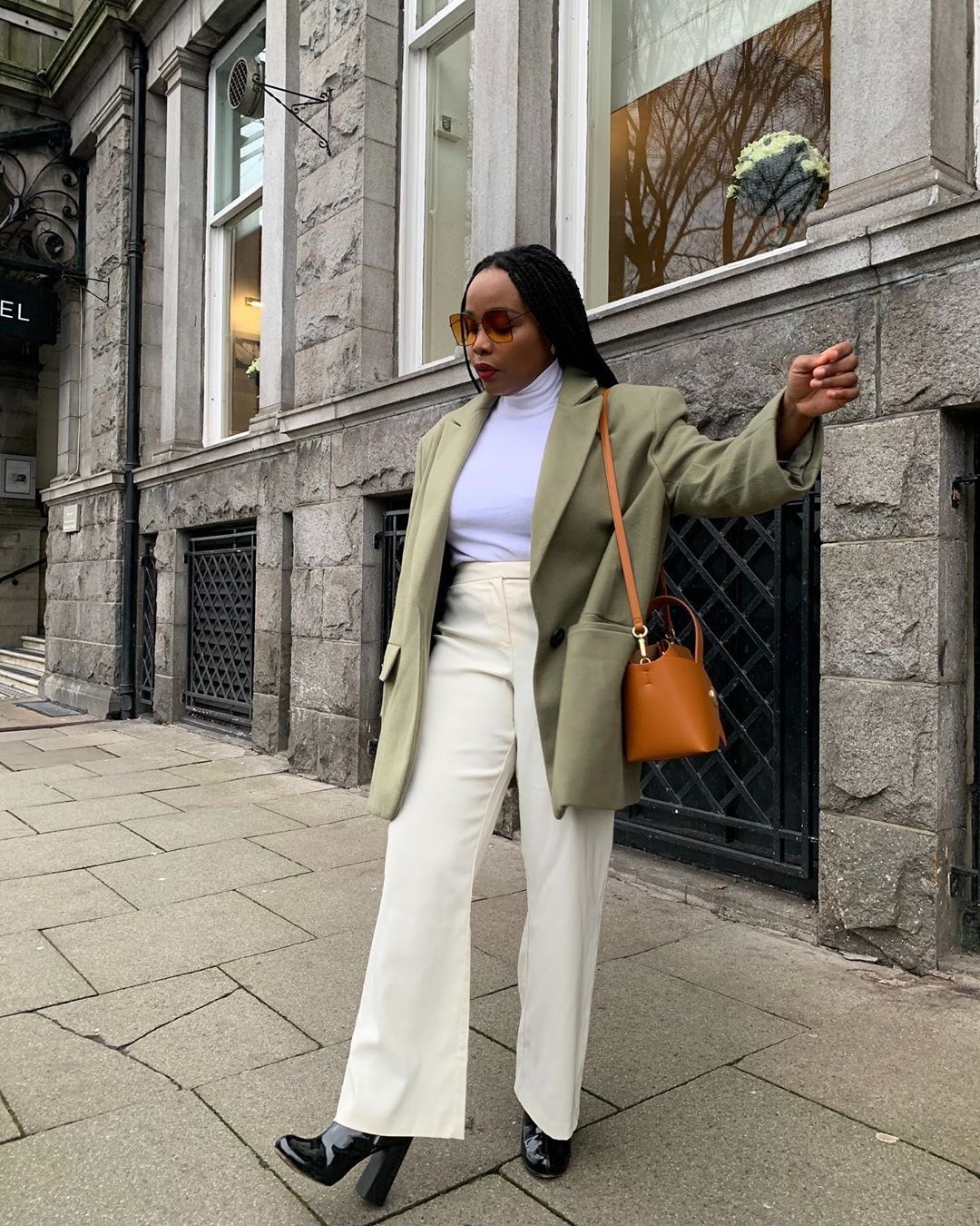 8 Wide-Leg Pant Outfits That Will Make You Want to Ditch Your Skinny Jeans ASAP 5