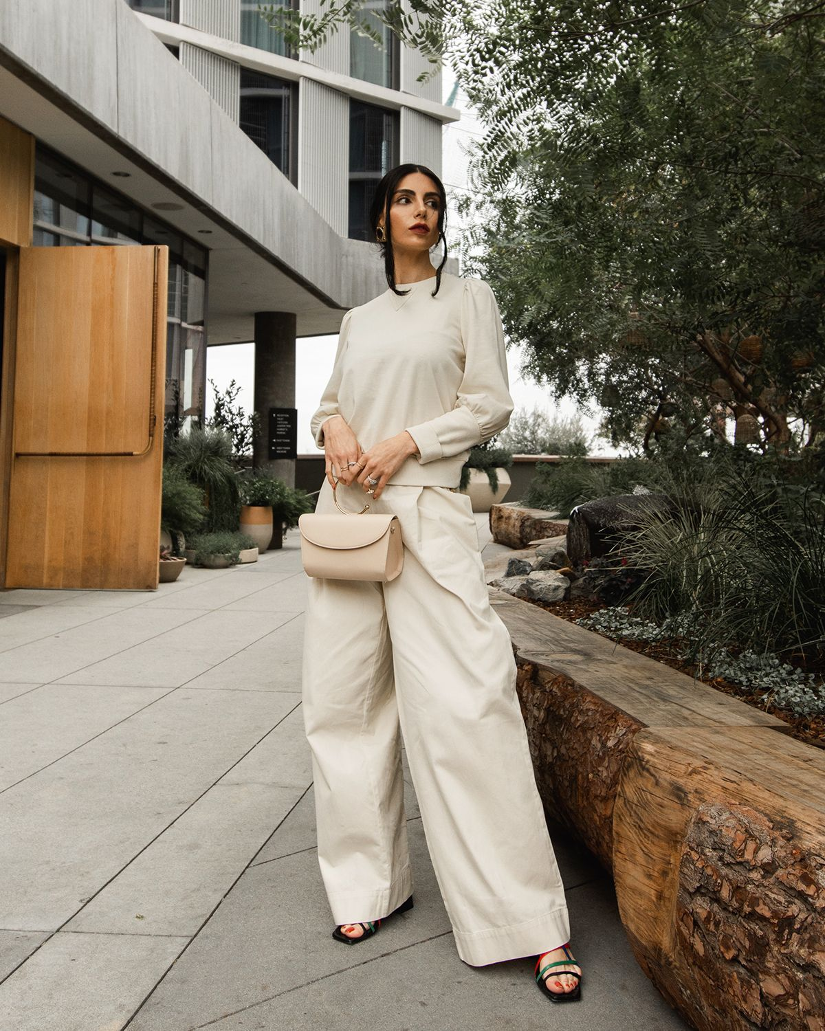 8 Wide-Leg Pant Outfits That Will Make You Want to Ditch Your Skinny Jeans ASAP