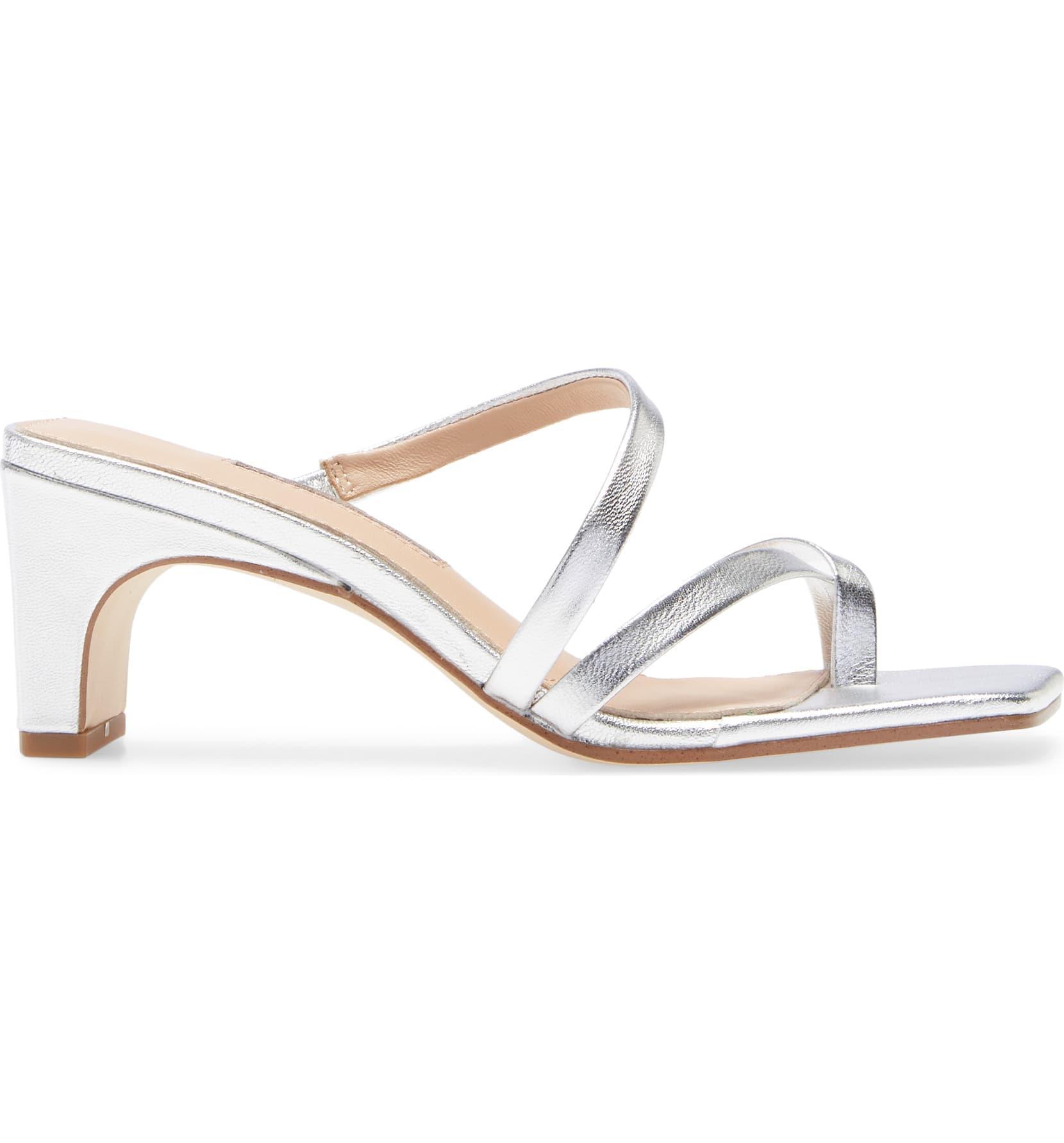 Emily Ratajkowski's Shoes Are Spring's Weirdest Sandal Trend 8