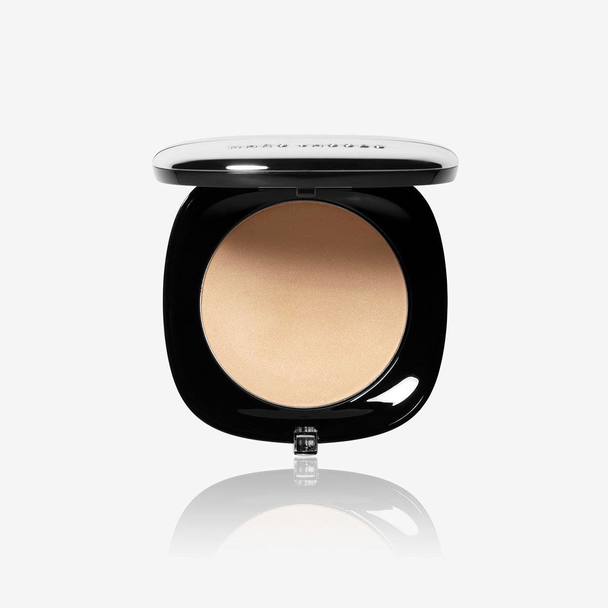 We Tested All The On-Sale Marc Jacobs Beauty Products—These Were the Standouts 16