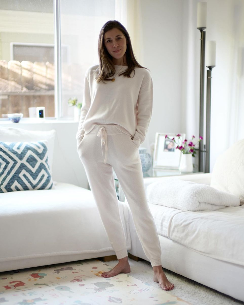 WWW Editors' Working-From-Home 'Fits Are the Perfect Combo of Comfy and Chic 32