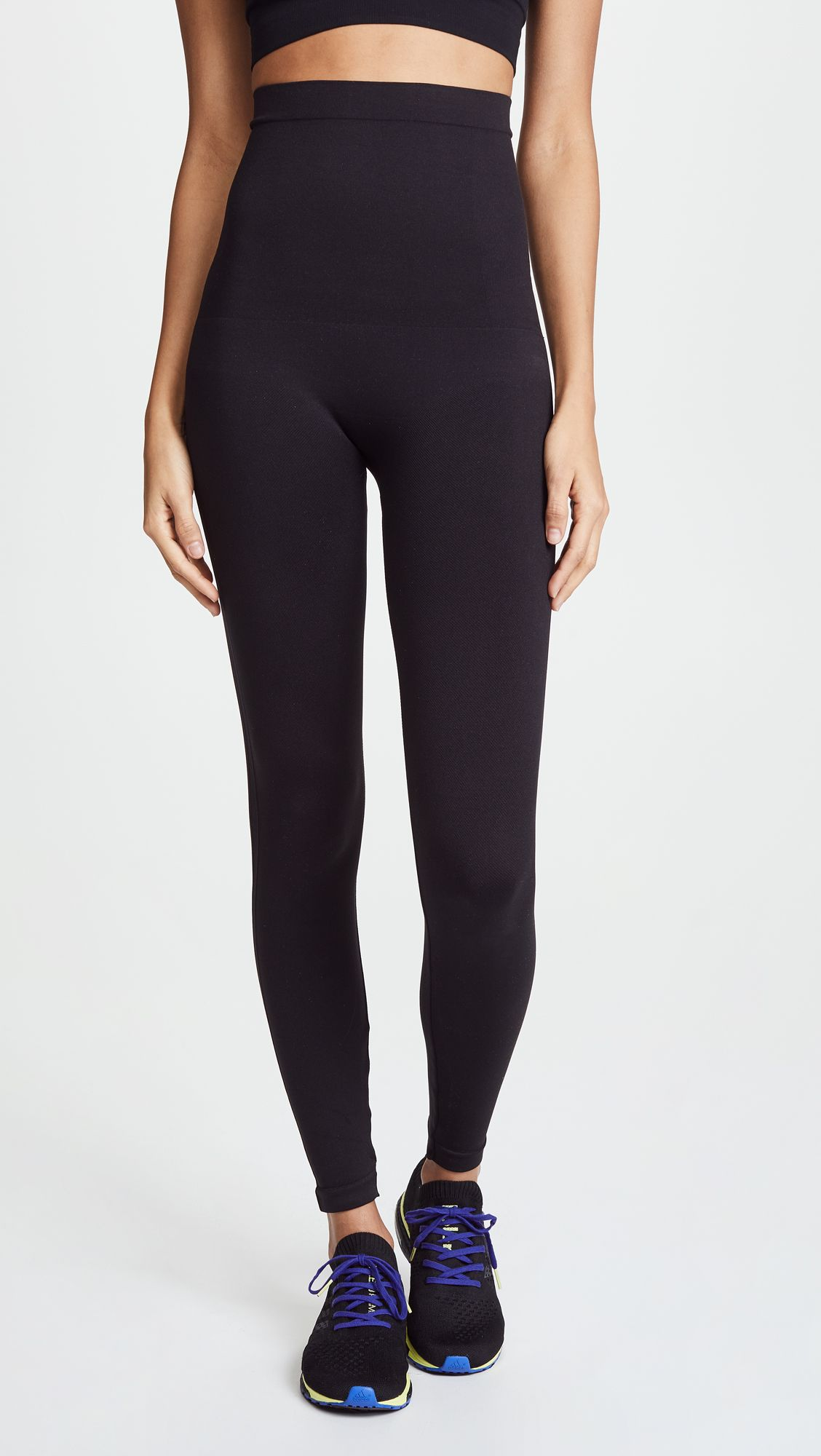 This Is the Most In-Demand Legging Brand Right Now 2