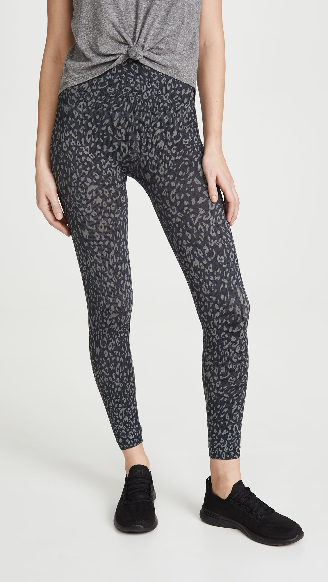 This Is the Most In-Demand Legging Brand Right Now 3