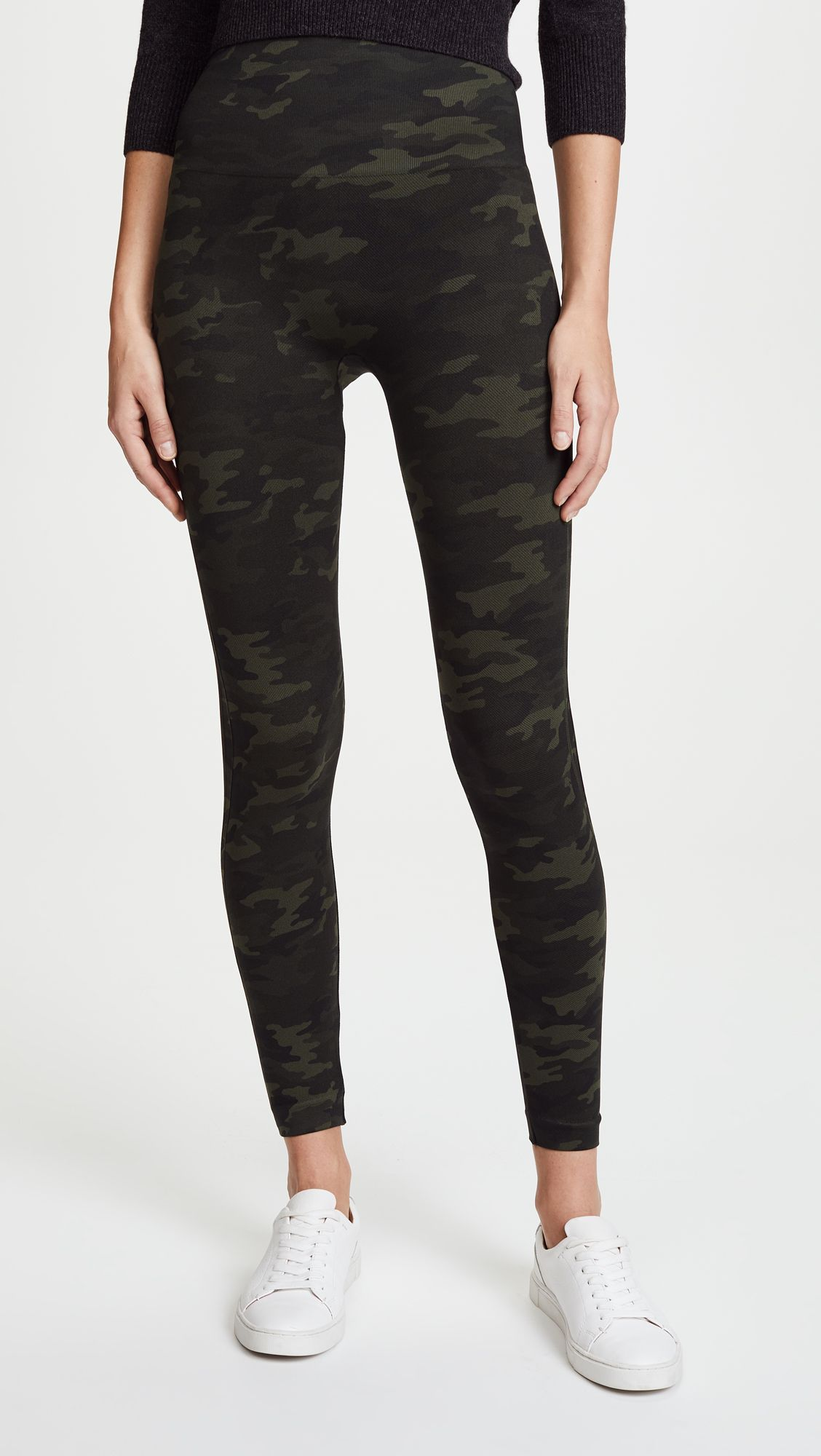 This Is the Most In-Demand Legging Brand Right Now 6