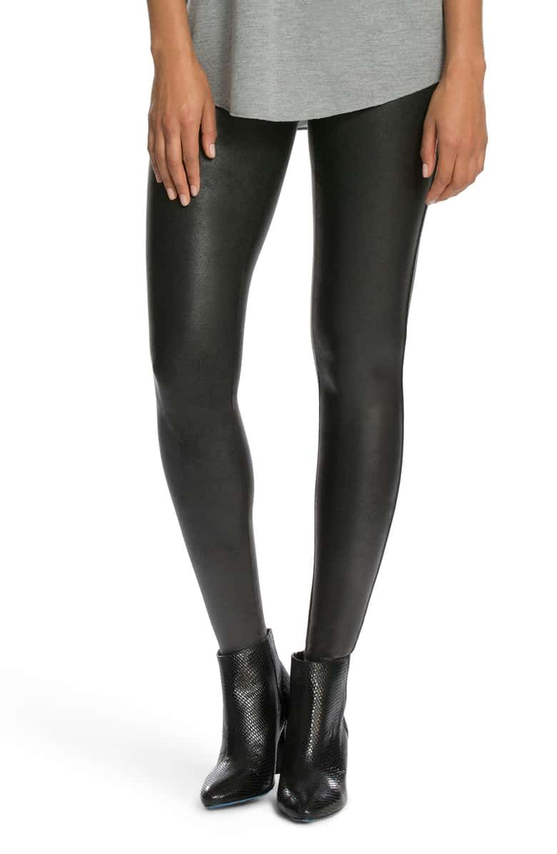 This Is the Most In-Demand Legging Brand Right Now 7