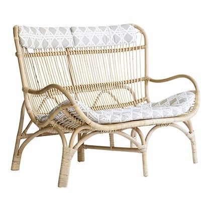 Alfresco Furniture That Will Make a Big Impact in Small Spaces