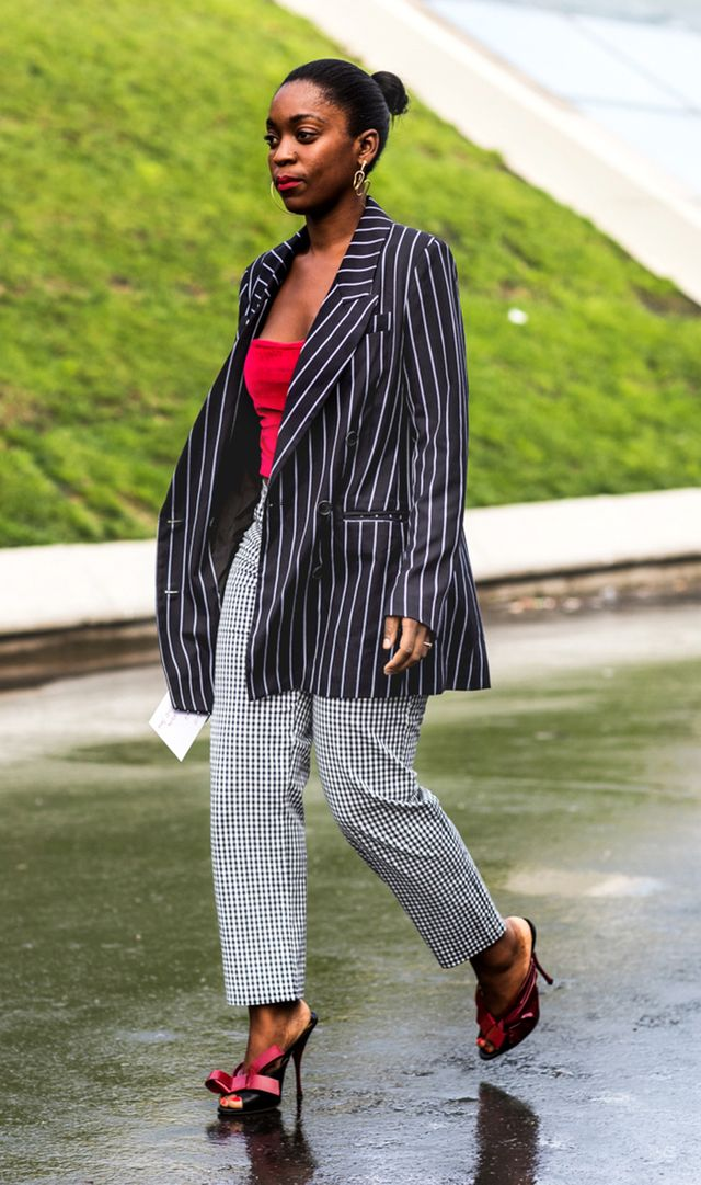Instead of horizontal stripes, try vertical stripes.