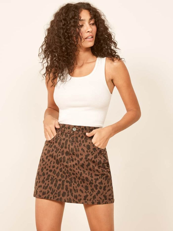 460942e136 The 12 Best Clothing Styles for Short Women | Who What Wear
