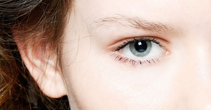 how to make your eyes less puffy in the morning
