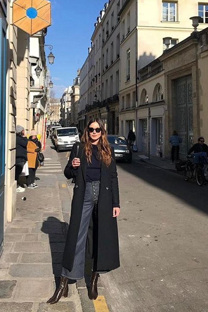 7 Style Rules French Women Always Follow  Who What Wear-4842