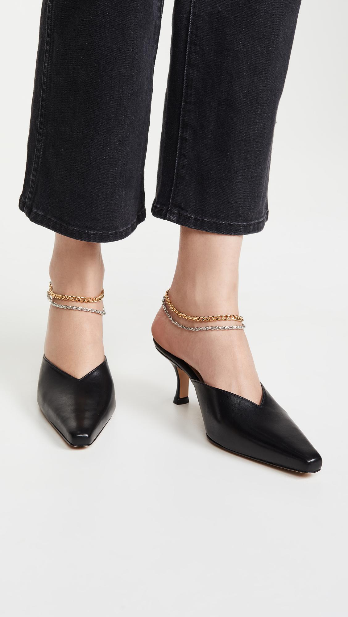 The Secret to Walking Gracefully in Heels: 7 Tricks That Work 4