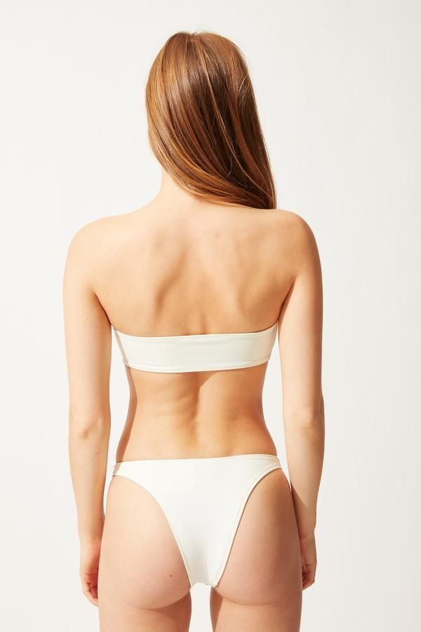 7 Bikini Styles That Will Be Everywhere This Spring 29