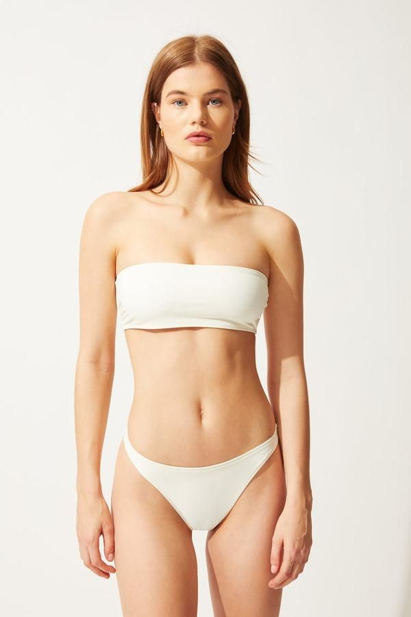 7 Bikini Styles That Will Be Everywhere This Spring 28