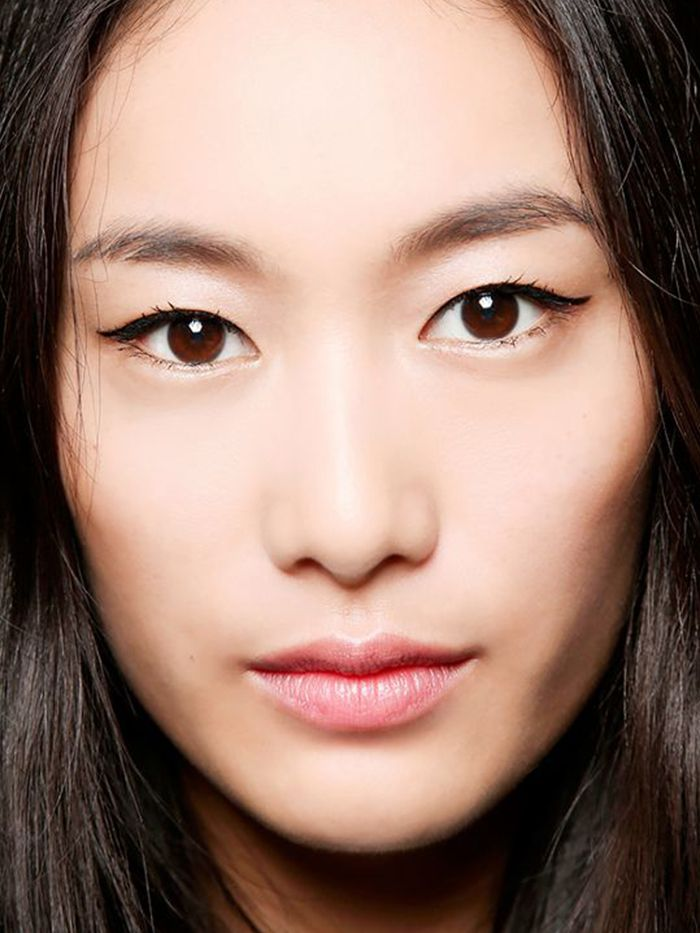 How To Apply Eyeliner For Your Specific Eye Shape Byrdie