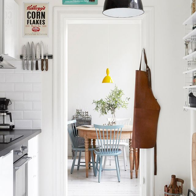 25 Absolutely Beautiful Small Kitchens That Prove Size Doesn't Matter