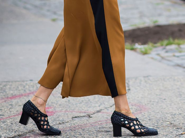 44bbf794e450 How to Pull Off a Culotte Jumpsuit Like a Pro
