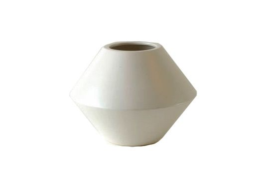 Y Living Architectural Planter