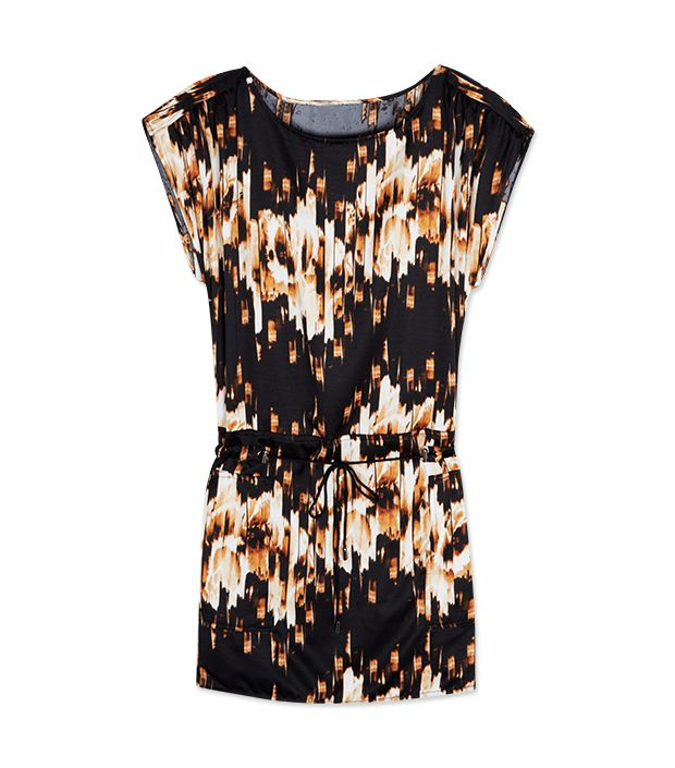 """<p><a href=""""http://rstyle.me/n/ty8dch9e"""" target=""""_blank"""" title=""""Floral Tunic Dress"""">Floral Tunic Dress</a> ($60)</p>"""