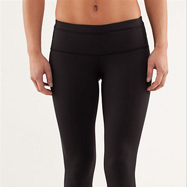Lululemon Run: Proceed with Speed Crop
