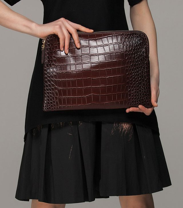 Front Row Shop Textured Pouch