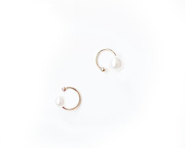 The Haute Pursuit Pearl Ear Cuffs Set