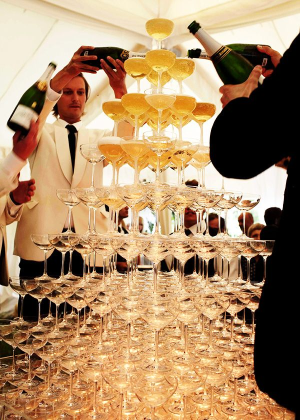 Faux Pas 13: Uninvited toasts.
