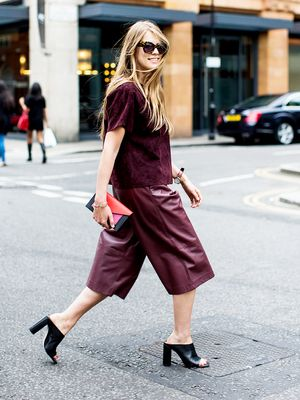 Study Shows Women Dress Sloppier as Work Week Goes On—Are You Guilty?