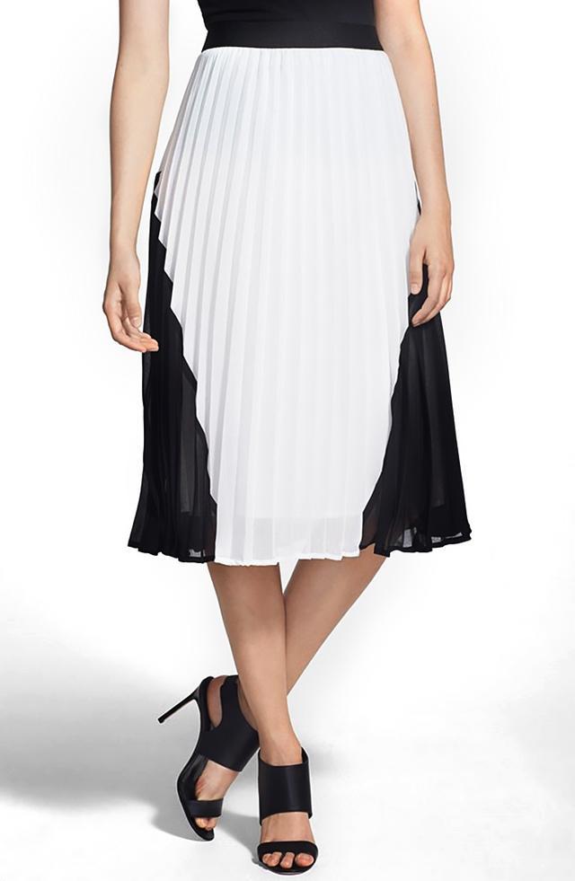 Chelsesa28 Colorblock Pleated Skirt