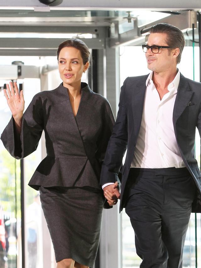 Angelina Jolie and Brad Pitt Are Finally Married!