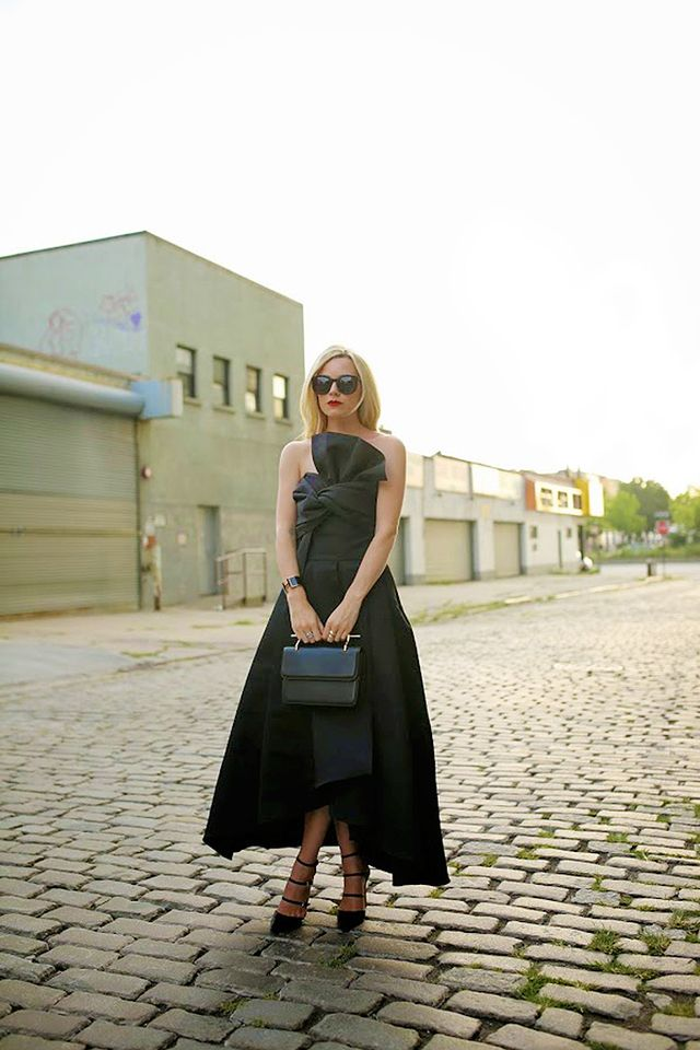 Tip 3: If you go for a black dress, make sure it's a stunner.
