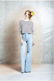 Alice + Olivia Alice + Olivia by Stacey Bendet Long Sleeve Cropped Tee