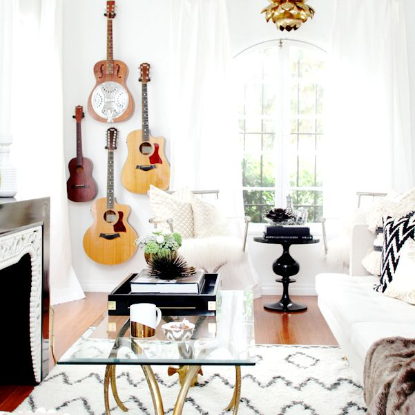 How to Display Musical Instruments as Décor?