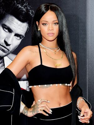 Rihanna Channels '90s Vibes (Plus, More Celeb Beauty!)