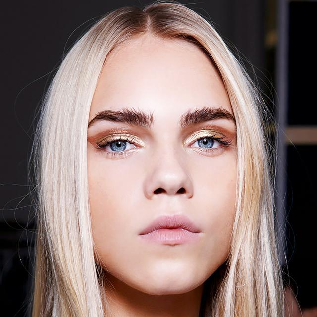 3 Crazy-Beautiful Makeup Tutorials for Blue Eyes