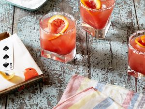 The Ultimate Cocktail Lover's Gift Guide