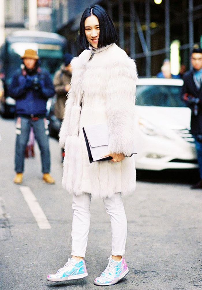 28 Perfect Ways to Wear White This Winter  073251579
